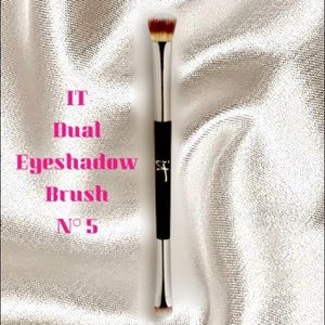 IT Dual Ended Eyeshadow Brush N°5